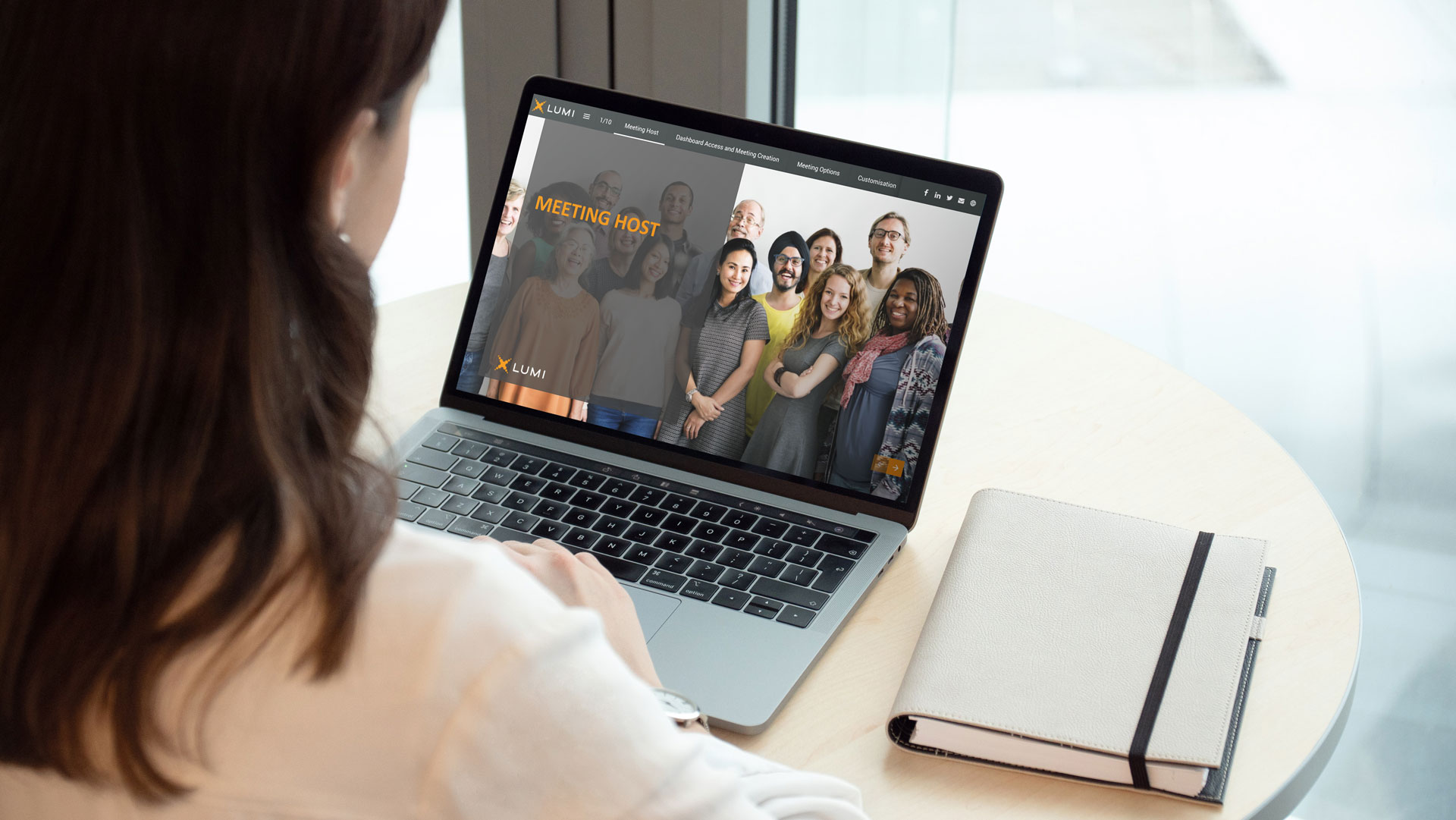 Lumi-success-story-laptop