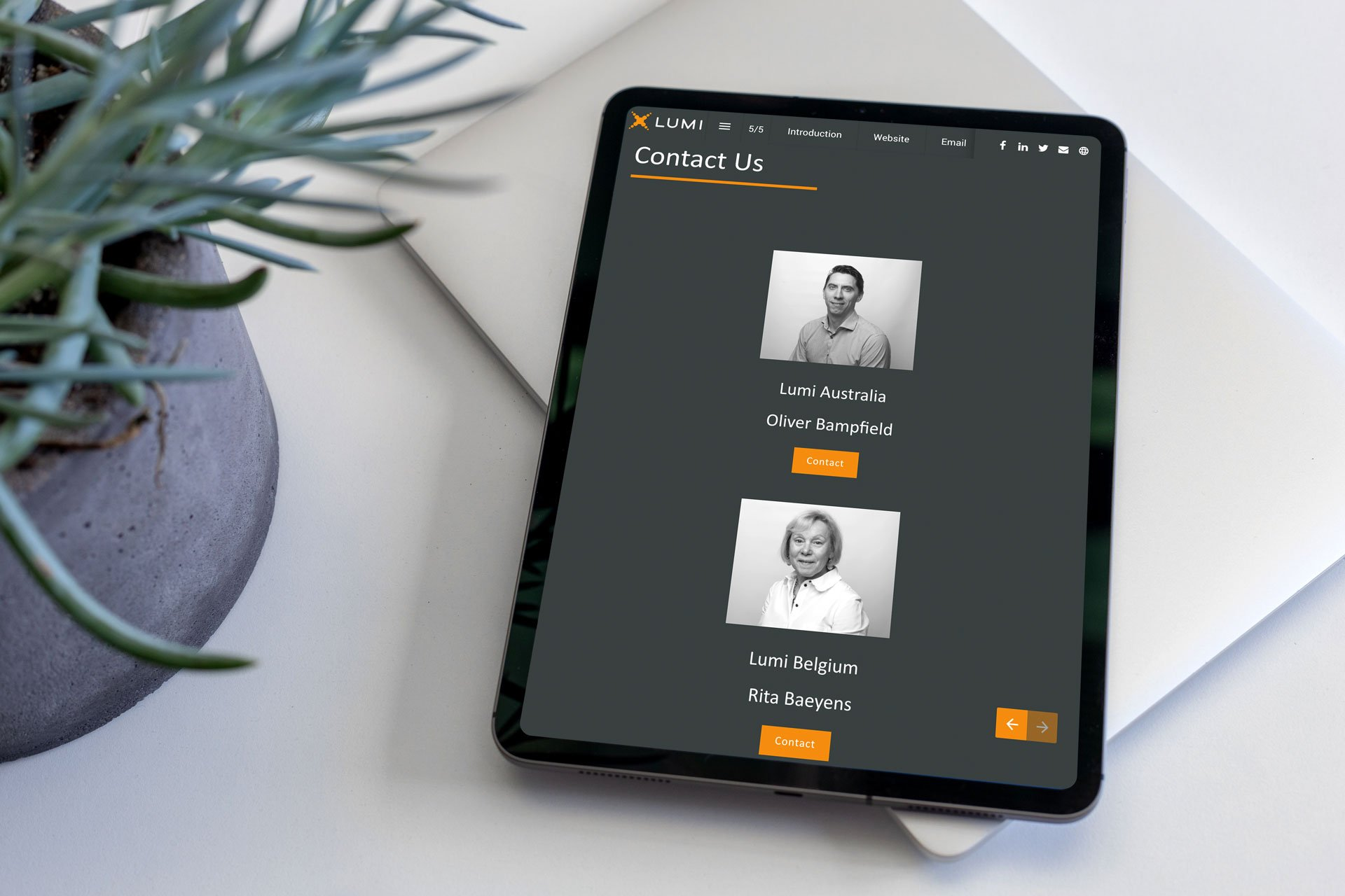 Lumi-success-story-tablet